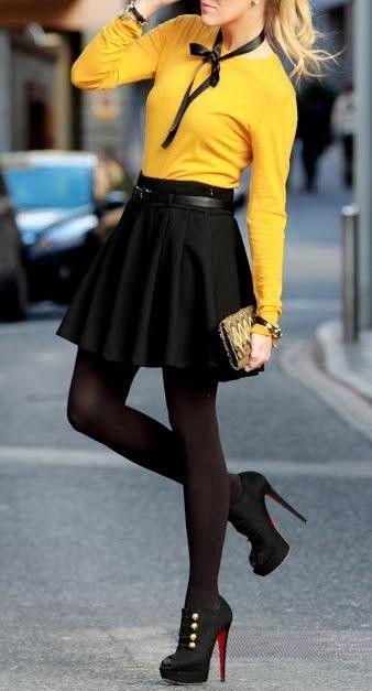 ideia saia roupa preta clássica para a Primavera de 2014, Saia preta, Top amarelo, preto calças justas