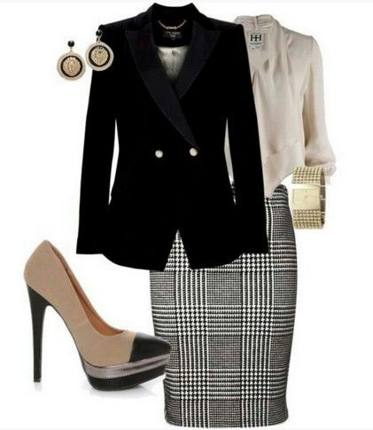 Outfit da manta por ocasião formal, Black terno, vestido de lápis da manta e bombas Nude