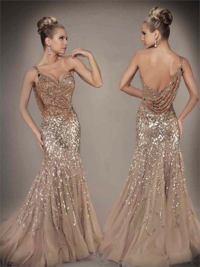 Uma coleção de vestidos mais bonitos por mac duggal