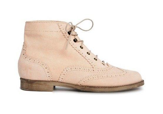 Uma coleção de ankle boots de camurça para a primavera / verão de 2014