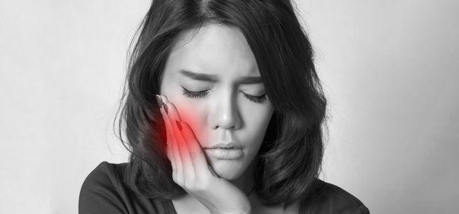 Você está sofrendo de dor de dente? Experimente este remédio natural e dizer adeus à dor de dente para sempre!