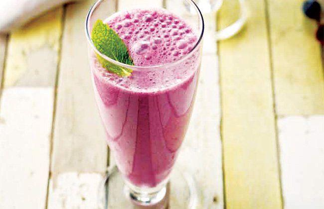 Blueberry receita do smoothie - Mulheres`s Health & Fitness
