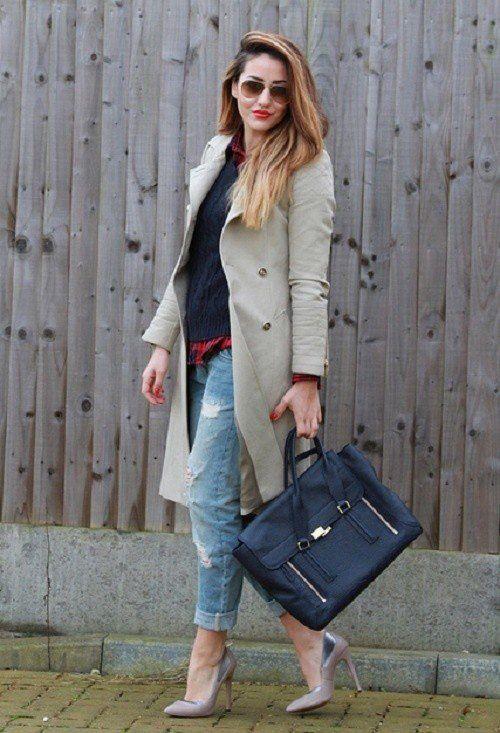 Brasão com jeans rasgado Trench
