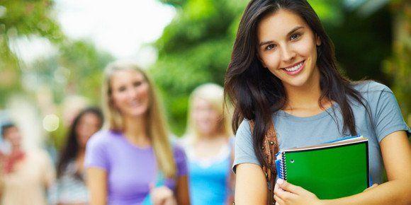 Fácil de beleza e maquiagem dicas cada menina faculdade jura por