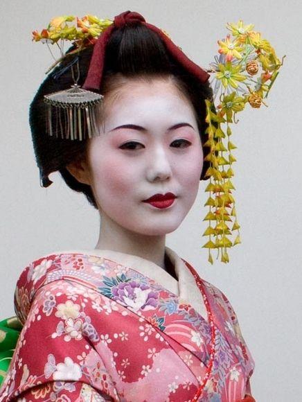 geisha-sobrancelhas