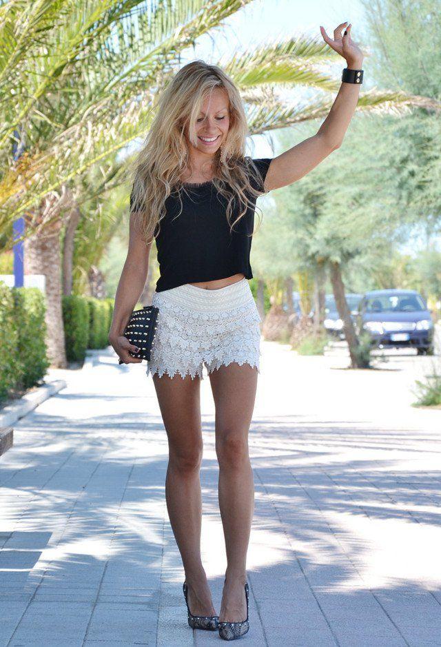 Preto Top Curto com Crochet branco Shorts