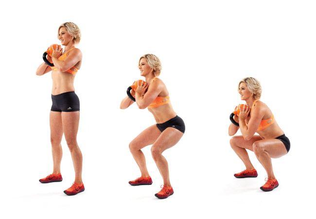 agachamento Cálice com kettlebell - IMAGEM - Mulheres`s Health and Fitness magazine