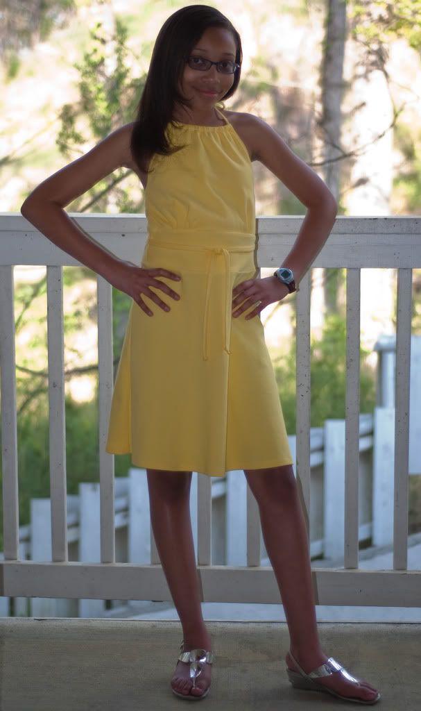 Vestido amarelo Halter