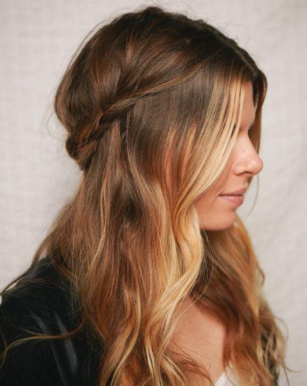 Metade do vintage acima da metade para baixo do cabelo você deve tentar