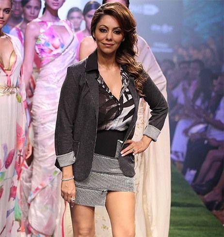 Gauri Khan caminhada rampa