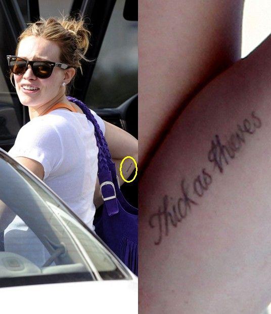 Tatuagens de hilary duff - lettering tatuagem no braço