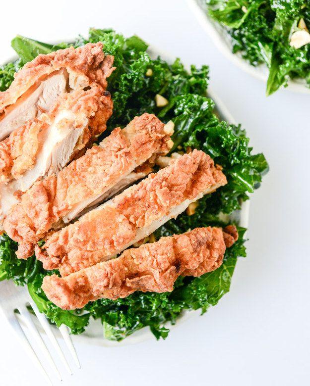 Salada de pimentão Alho Shredded Kale com galinha