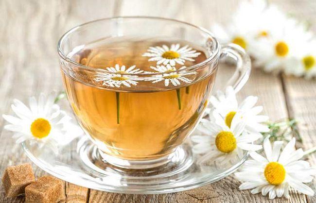 (B) -Chamomile-Chá
