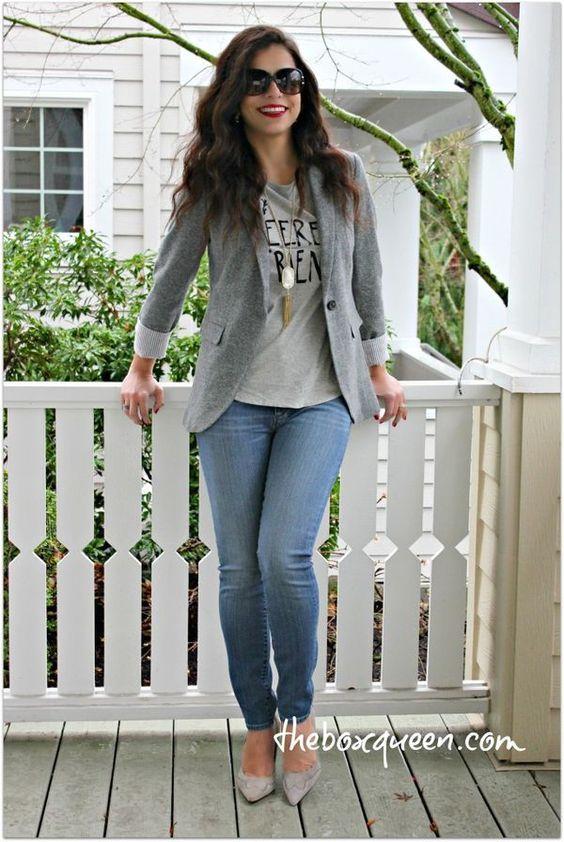 Cinza Blazer e pálido Jeans