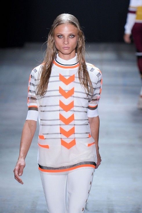 Sporty Fashion Trend, camisola desportiva listrado