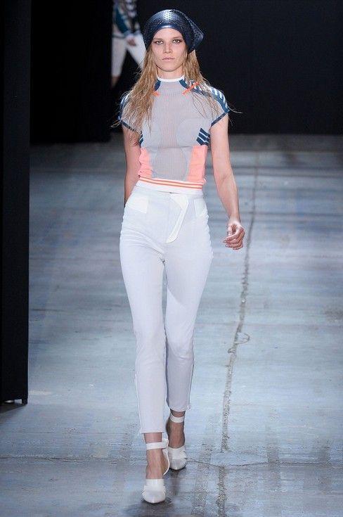 Sporty Fashion Trend - painel colorido camisola desportiva