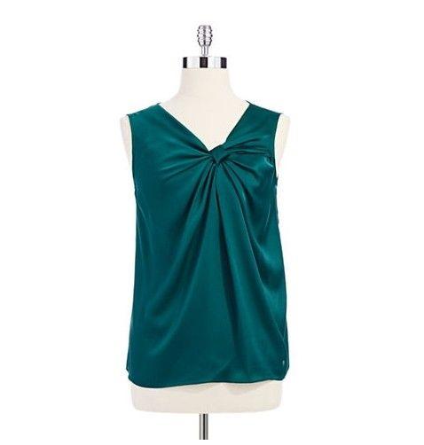 Senhor e Taylor top de seda no verde esmeralda para a jóia-tom ideias primavera roupa