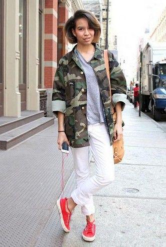 inspiração tendência militar para a Primavera de 2014, jacket camo com tênis de coral