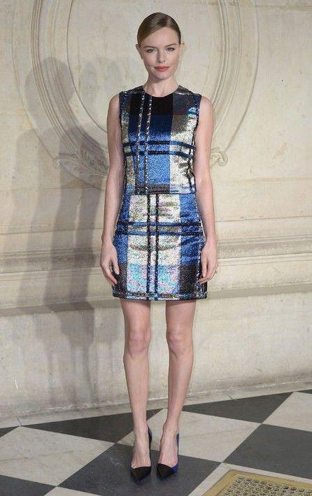 Kate Bosworth Ouro e Metálicos tecidas através do vestido da manta para um olhar Party-pronto na Primavera de 2014