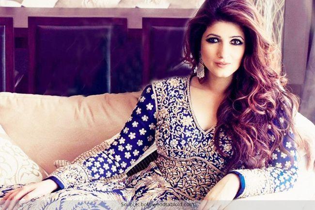 É por isso que nós sabemos khanna brilho é a celebridade mais legal!