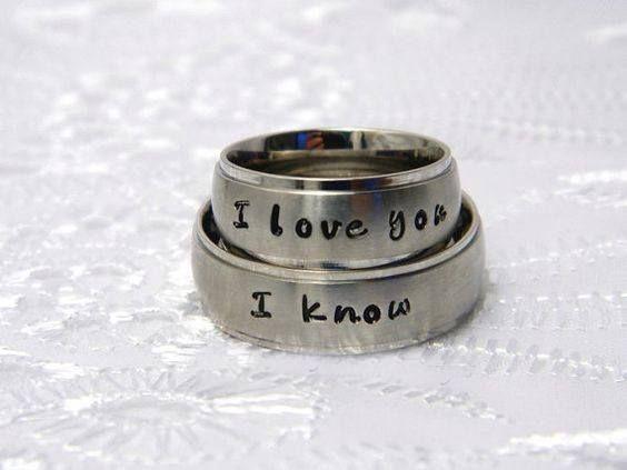 Amo anéis de promessa