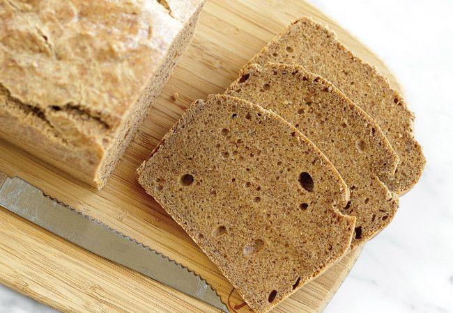 Limão e pão de proteína de amêndoa
