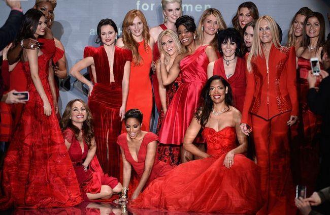 Lindsay vonn atrapalha mostra como olhar atemporal em novas pistas semana york fashion