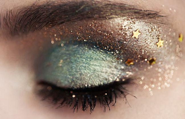 Sparkly-Eyes