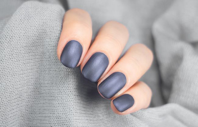 Dark-tons-de-Nails