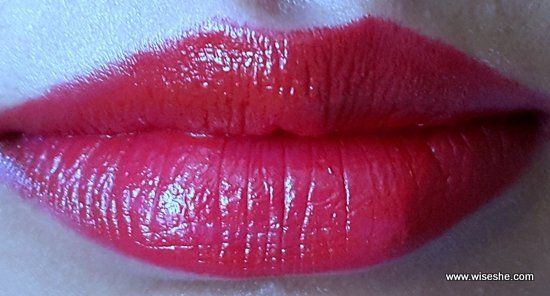 Maybelline-ColorShow-RUBY-TWILIGHT-lipswatch