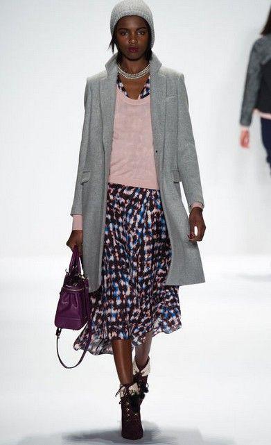 Midi-saias para últimas tendências da moda outono de pistas