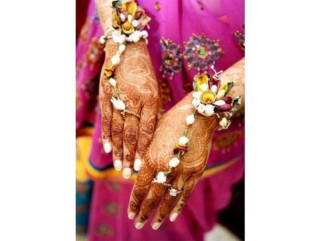 projetos frescos jóia da flor de mão