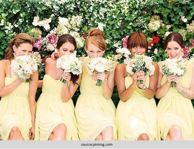 Escolher o vestido perfeito para suas damas de honra