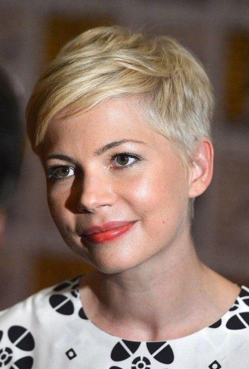 Cortes de cabelo curto populares para as mulheres - escolha o penteado curto direita