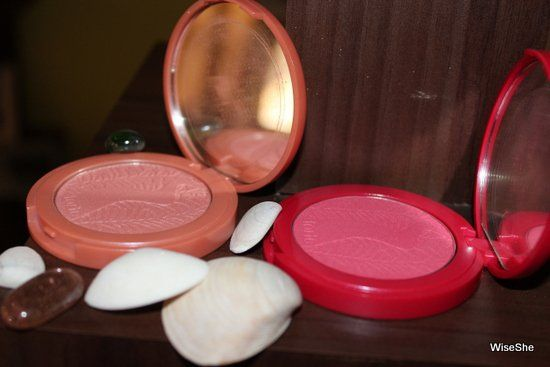 Tarte-Amazônia-Clay-Blush-in-Pacífica-review +-tarte-amazônico-clay-rubor pacífica + -tarte-blushes