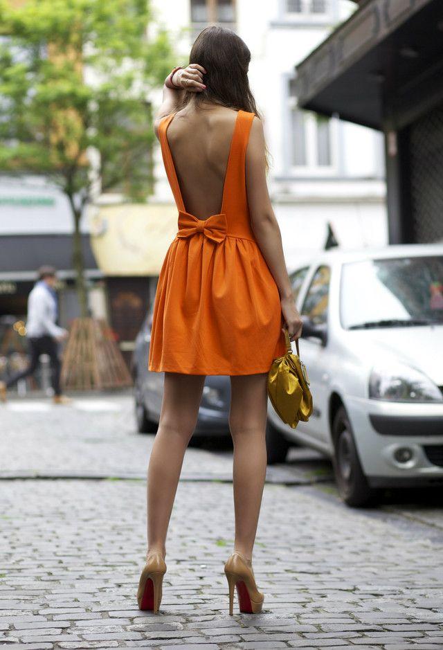 Vestidos muito curtos para a primavera