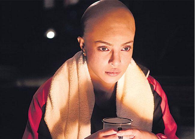 Priyanka Chopra Bald Olhe