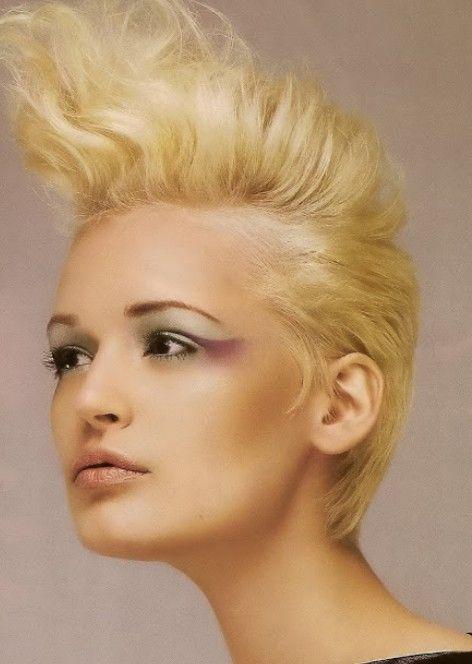 Penteados punk para mulheres - estilo do punk fotos de cabelo