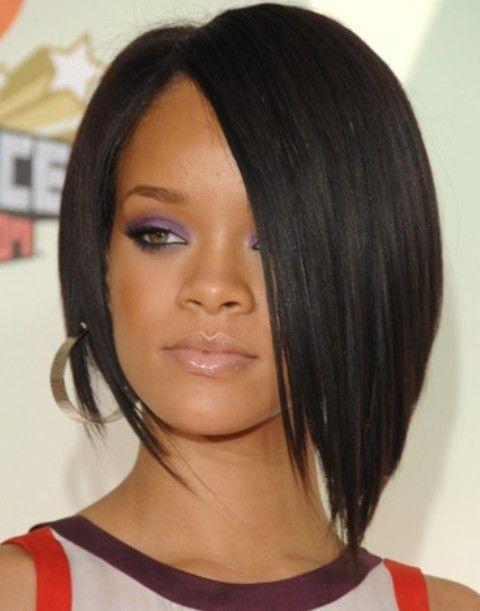 Rihanna Penteados: Super- elegante assimétrico preto Bob