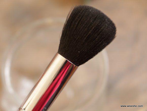 Sigma contorno de pequeno porte cerdas da escova de maquiagem F05
