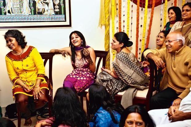 cerimônia de mehndi antes do casamento Tamil