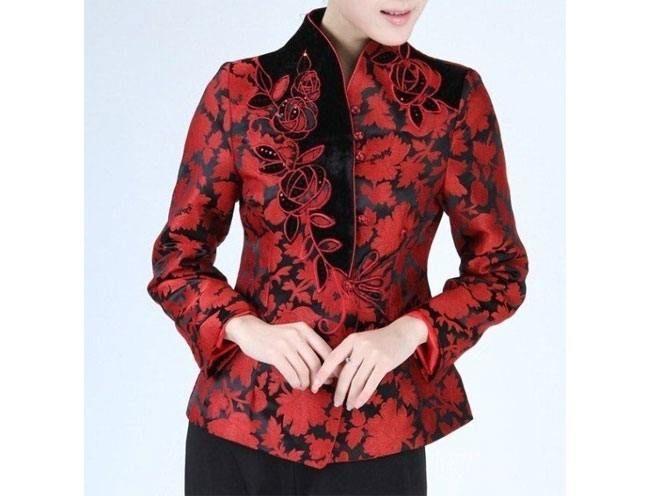 Casacos pretos Vermelha chinesa Mulheres de cetim de seda