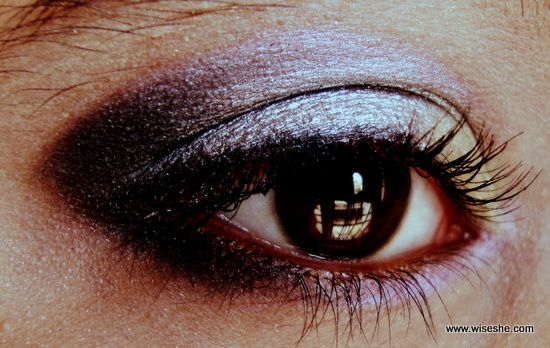Prata e lavanda smokey olho maquiagem olhar