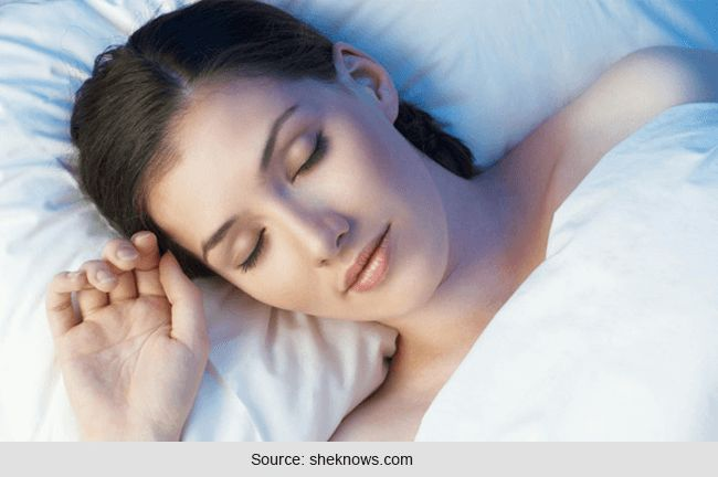 Top 5 Razões para dormir sem usar nenhuma roupa