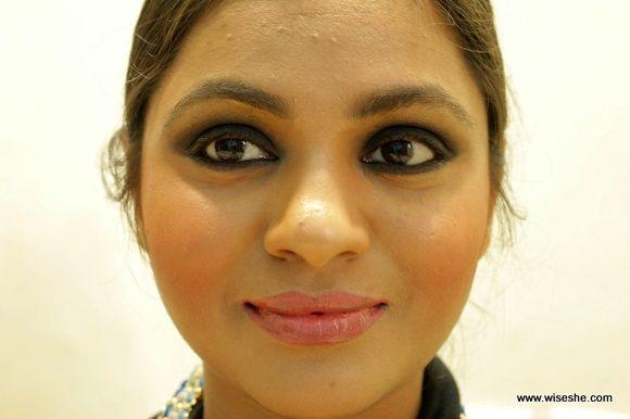 Sonam kapoor inspirado smokey olho maquiagem olhar + vídeo