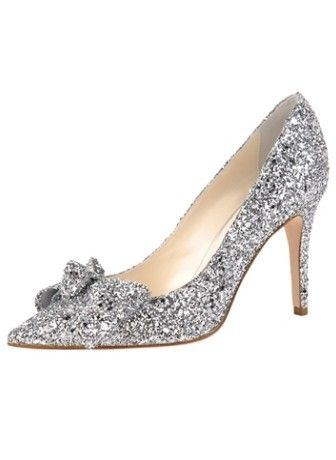 Sapatos de prata super-chique que fazem você bater a moda em 2014