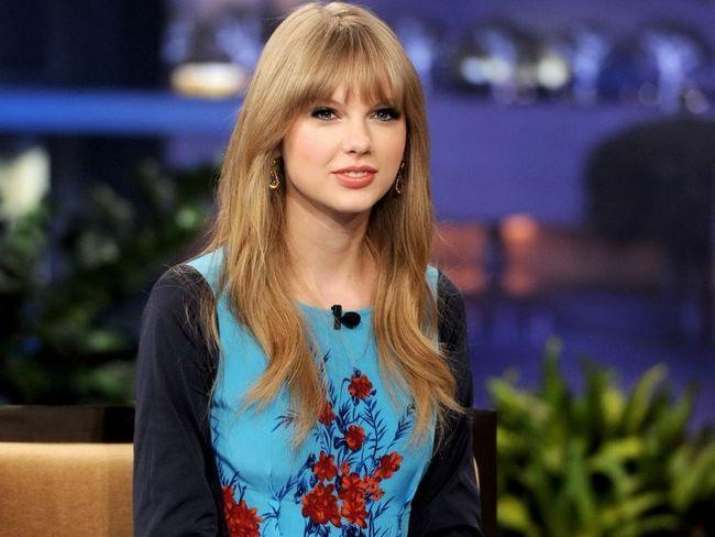 Taylor Swift Cabelo - Casual Penteado reta longa com franja