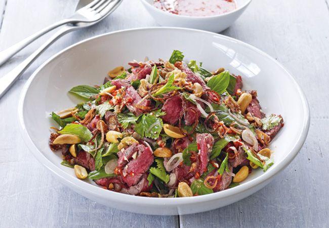 Salada de carne tailandês