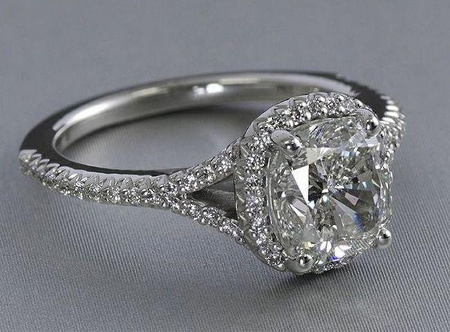 Almofada em forma de corte anel de diamante