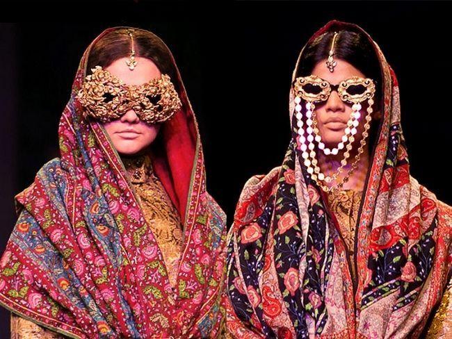 JJ-Valaya-Wills-India-Forma-Womaniya-noiva
